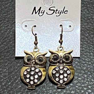 Owl Earrings with Rhinestones NWT